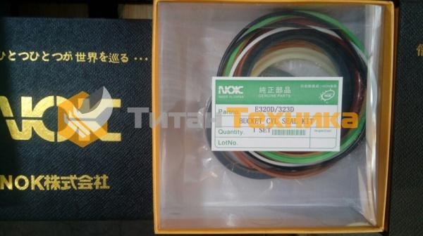 картинка Ремкомплект гидроцилиндра ковша NOK 320D, 323D от Титан Техники