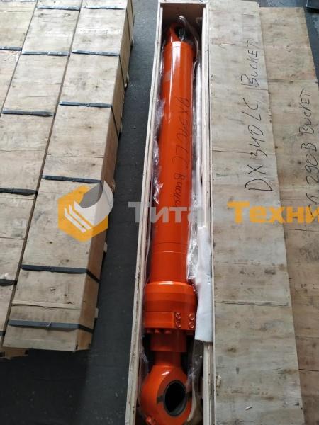 картинка Гидроцилиндр ковша для экскаватора Doosan DX340LC от Титан Техники